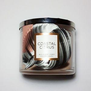 Bath & Body Works Coastal Citrus Scented Candle
